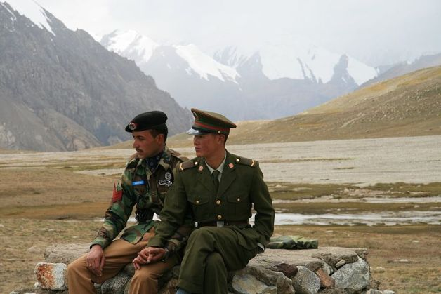 China Pakistan border guards