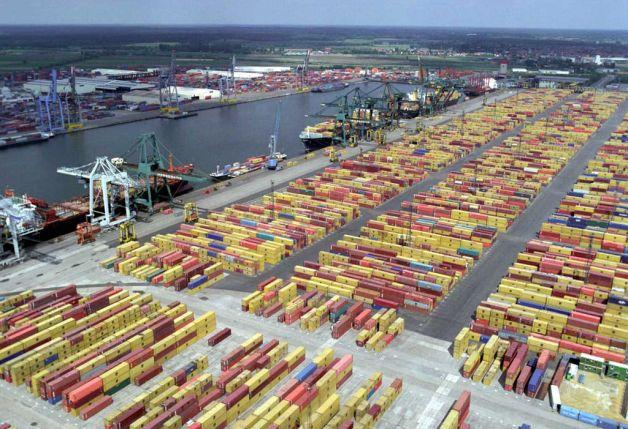Port of Antwerp; Source: BetacommandBot via Wikimedia Commons